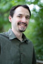 https://thebookwars.wordpress.com/2013/09/24/interview-with-christopher-healy/