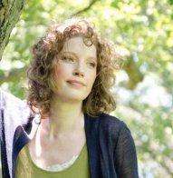 https://thebookwars.wordpress.com/2015/04/15/guest-post-sarah-mcguire-on-strong-heroines/